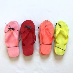 Other - NWT girls flip flop lot